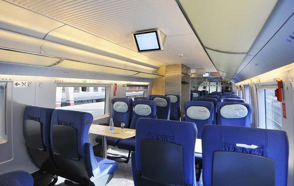 Пассажирский салон поезда Сапсан